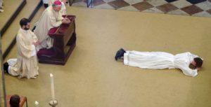 Pozvánka na kněžské svěcení – červen 2021